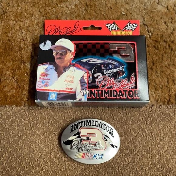 NASCAR Dale Earnhardt playing cards & belt buckle
